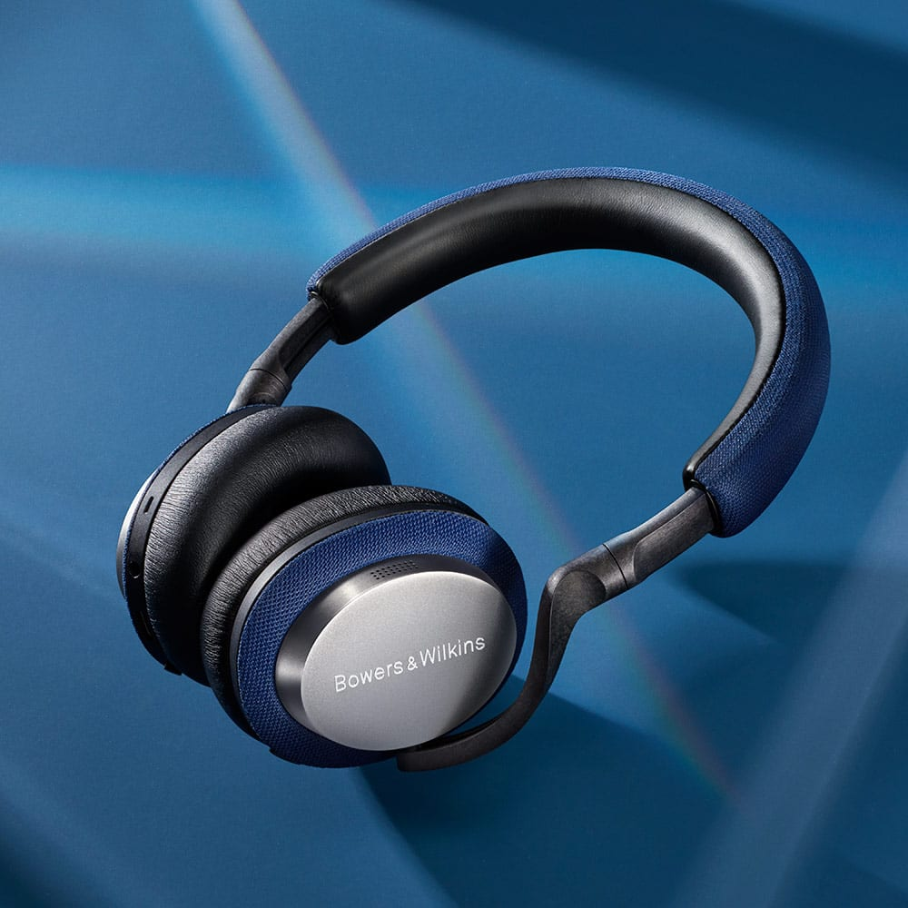 Bowers-Wilkins PX5